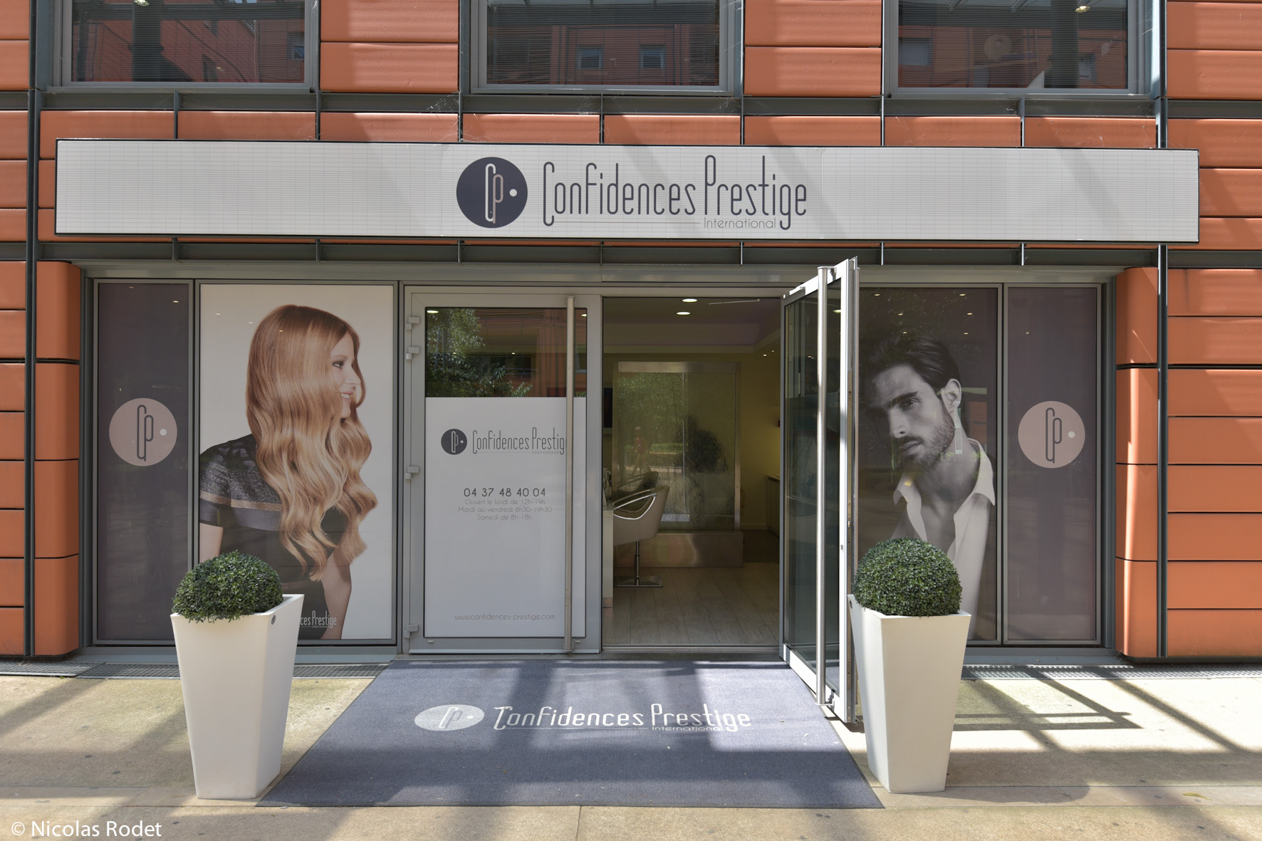 Salon De Coiffure Confidences Prestige